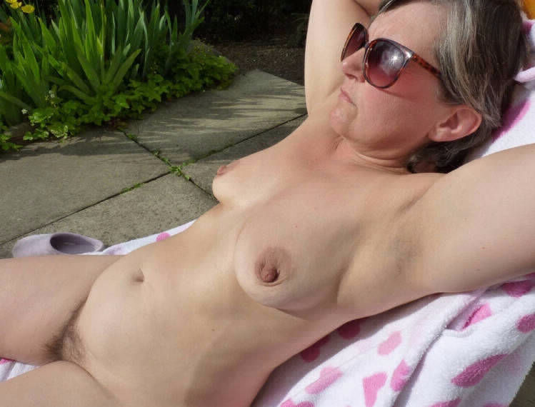 Submit tits